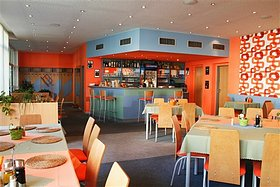 Restaurant, lounge room, children´s toy room